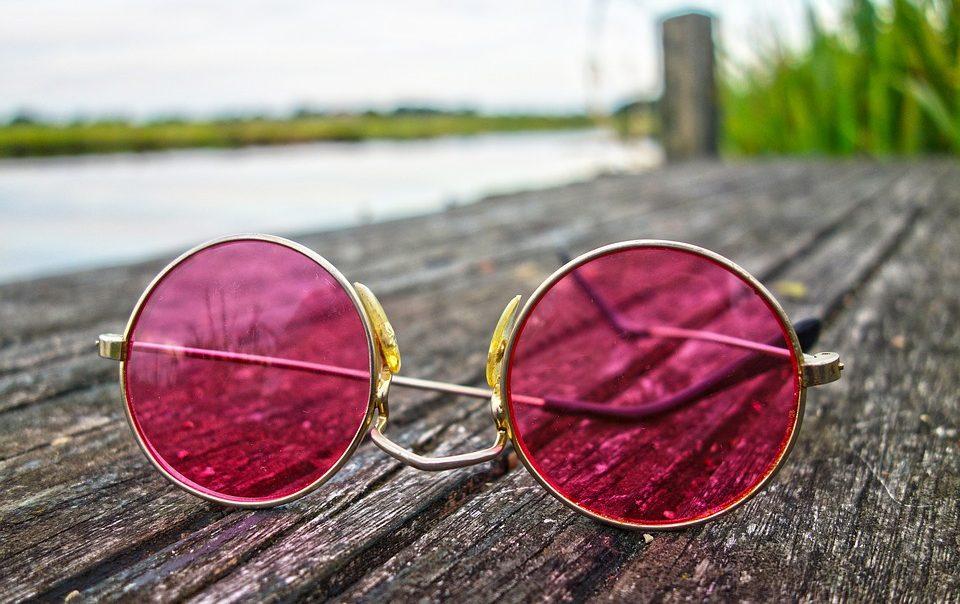 Gledaš li život kroz ružičaste naočale